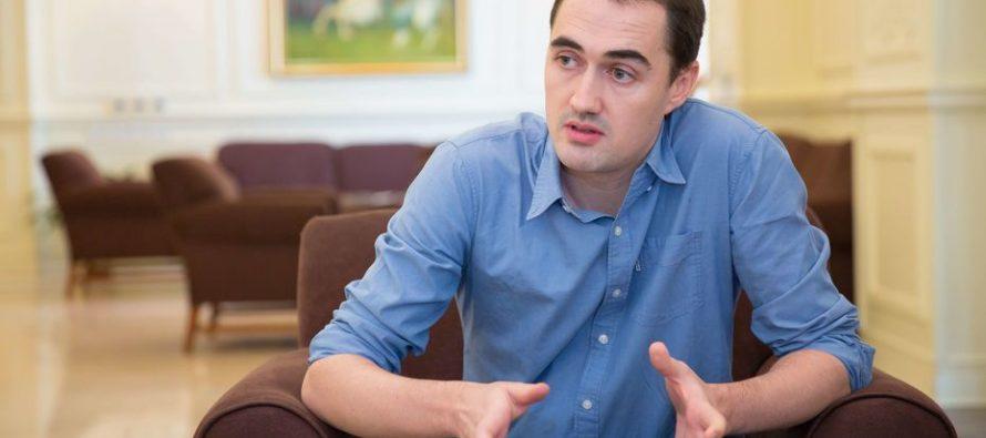 Выдворенный из Кыргызстана журналист Крис Риклтон просит власти разрешить ему въезд