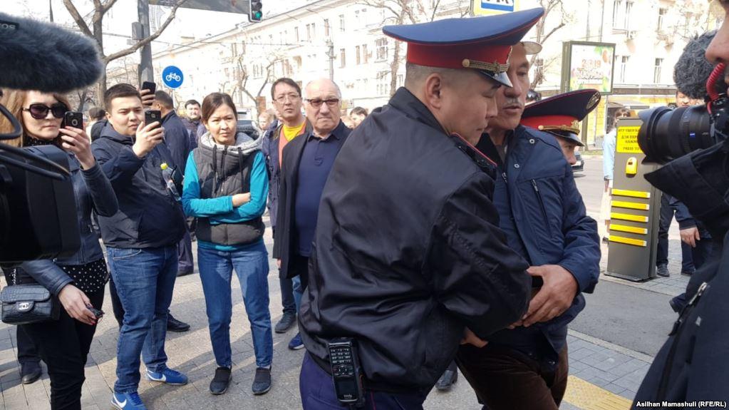 Задержания в Алматы и Астане и препятствование освещению событий